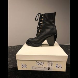 Marc Jacobs Black Leather Lugged Sole Lace Up Boot
